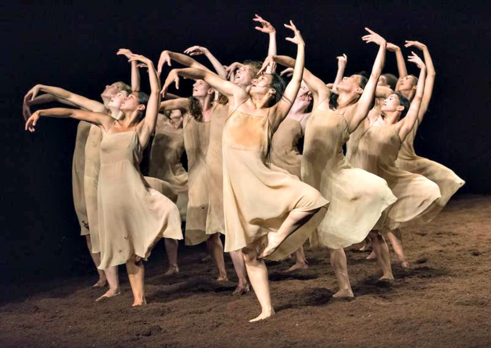 Coreutiche riflessioni: il racconto del movimento. Interrogativi sul gesto nella danza