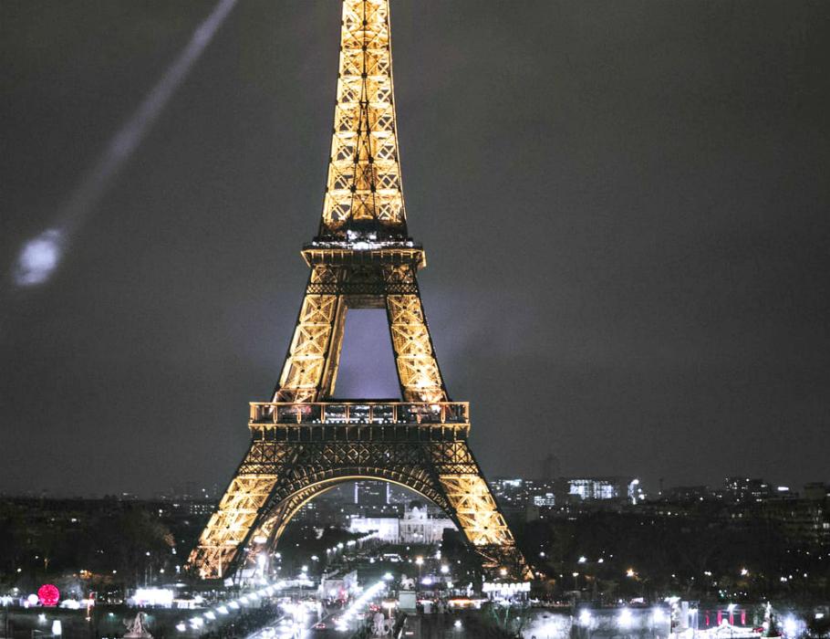 Il magnetico incanto della Tour Eiffel