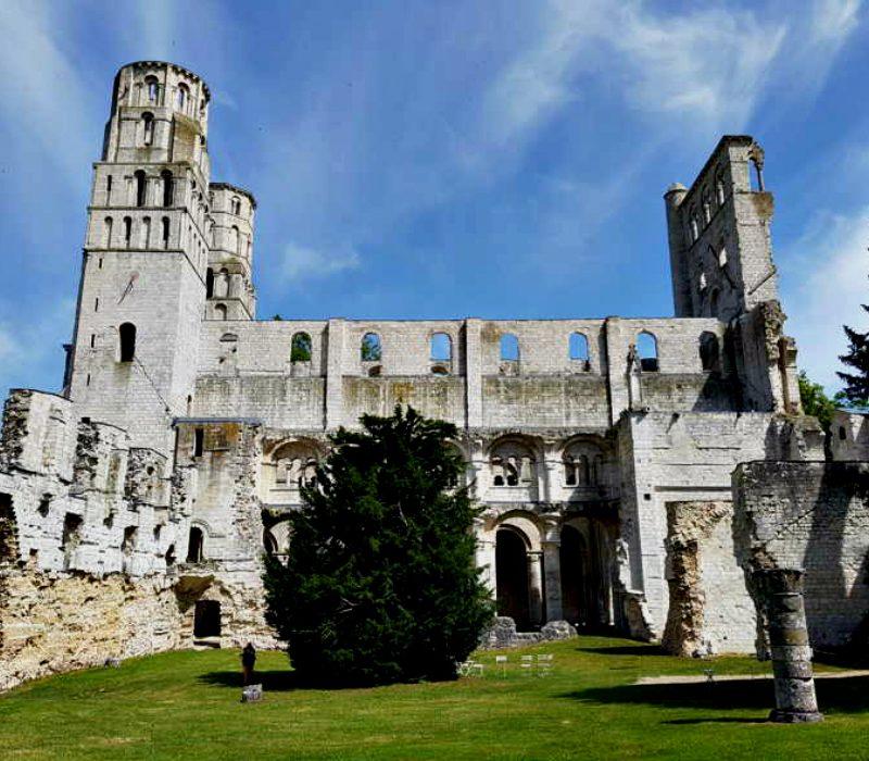 Il romanico: le caratteristiche fondamentali dell'architettura europea per eccellenza